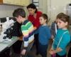 Наблюдаване с микроскоп